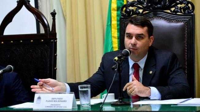 Ex-assessor de Flávio Bolsonaro falta a depoimento pela segunda vez - Foto: Paulo Carneiro/Parceiro/Agência O Dia