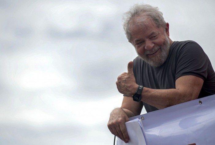 Lula afirmou que acredita em uma derrota do atual presidente Jair Bolsonaro para um 'progressista', em 2022