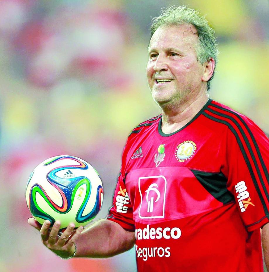 Zico é o organizador e a principal atração do evento, que conta com ex-joias do Flamengo, como Vinicius Junior (1) e Lucas Paquetá (2), ídolos do clube, como Adriano Imperador (3), Petkovic (4) e Júlio César (5), e astros como Kaká (6) e Renato Gaúcho (7), além do artilheiro do Campeonato Brasileiro Gabigol (8)