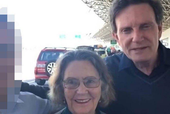 Prefeito do Rio com a mãe. Eris Bezerra Crivella faria 86 anos em fevereiro de 2021