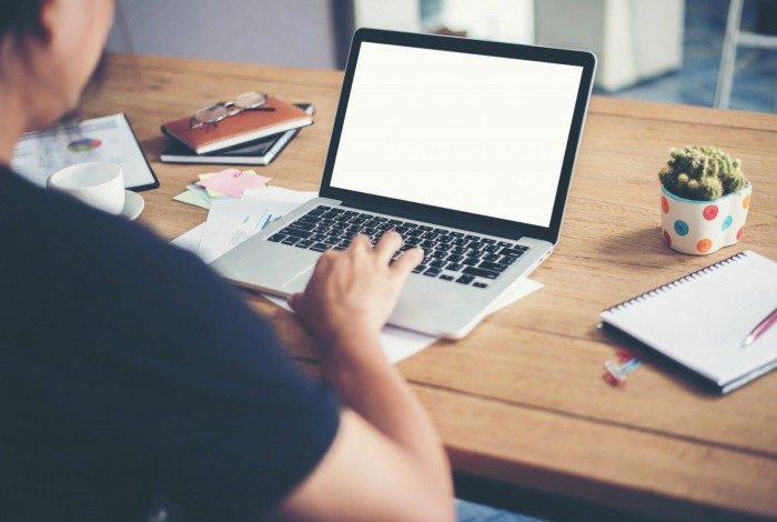 Cerca de 27,2% dos trabalhadores consideram que a diferença da qualidade de conexão é um dos maiores contratempos desse modelo de trabalho