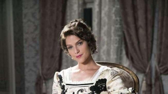 Charlotte (Isabella Santoni) de Orgulho e Paix�o