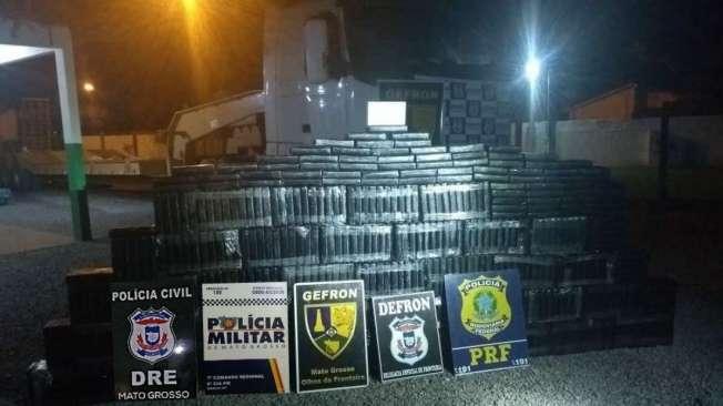 Pol�cia encontra quase 500 kg de droga em caminh�o no Mato Grosso