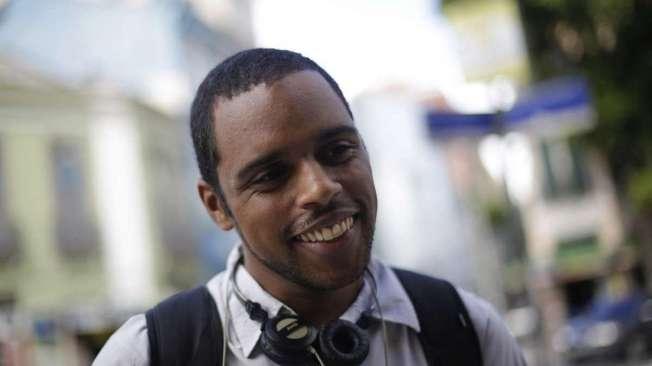 CARLOS EDUARDO, 26 anos, t�cnico em eletricidade, mora em S�o Gon�alo.