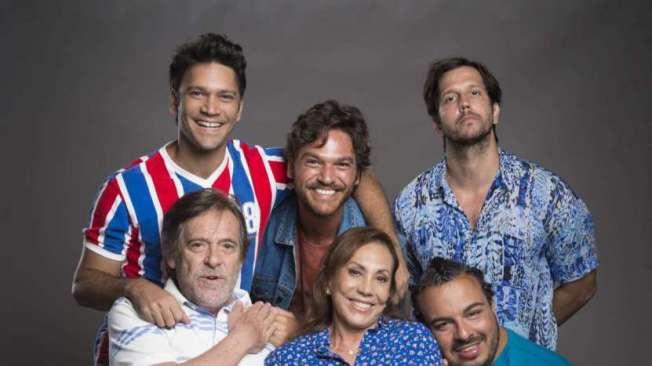Dodô com sua família: Ionan, Beto Falcão, Remy, Clóvis e Naná