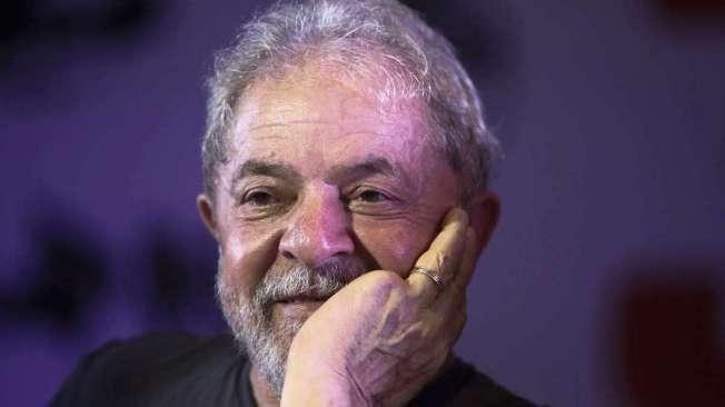 Lula pretende casar