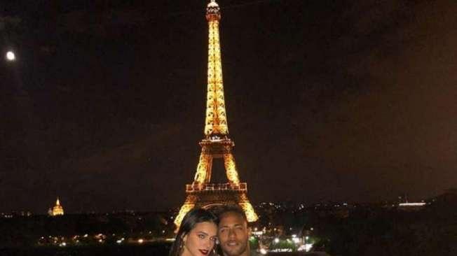 Neymar e Bruna Marquezine em Paris