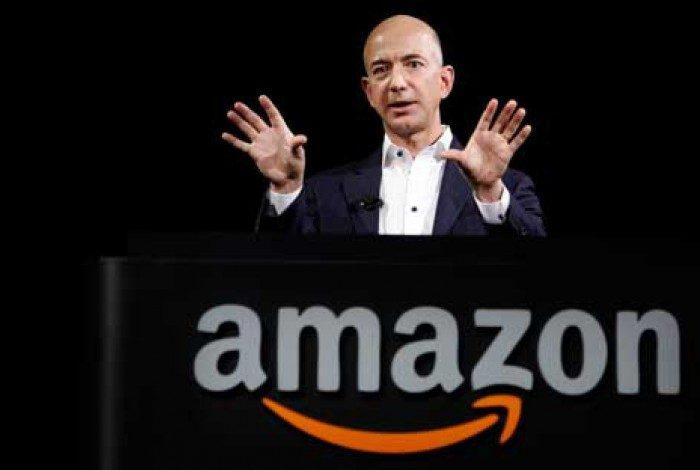 Saída de Jeff Bezos do comando da Amazon marca o fim de uma era: a de CEOs emblemáticos que prosperaram na internet dos anos 1990