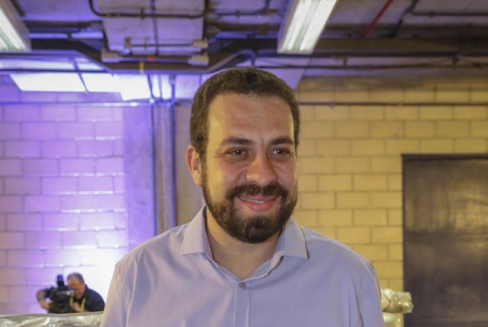 "Apoio do PT a Guilherme Boulos (PSOL) busca derrotar o ""projeto neoliberal"""