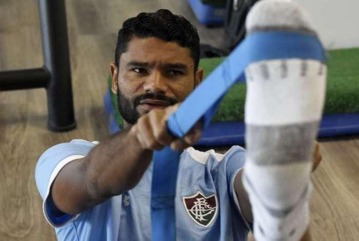 Gum sofreu trauma no joelho direito no jogo de ida contra o Nacional