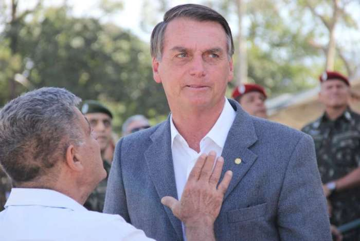 Bolsonaro defende mudanças na legislação para combater a violência