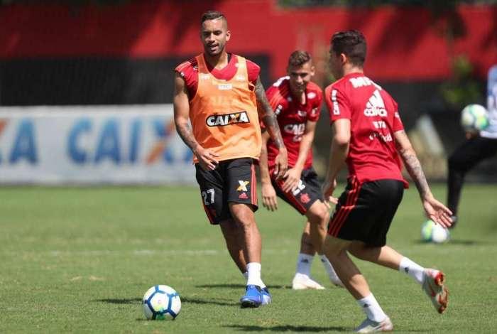 Romulo será o substituto de Willian Anrão, suspenso pelo terceiro amarelo