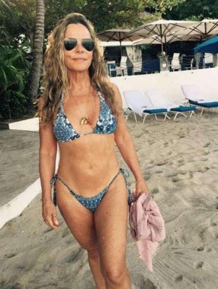 Aos 66 anos, atriz Bruna Lombardi exibiu curvas e deixou os fãs chocados