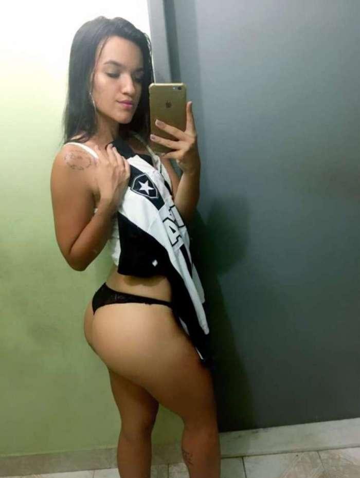 A Beatriz Maia é torcedora do Botafogo - A Gata da Hora