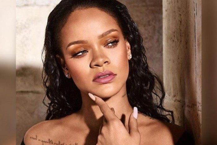 Foto antiga da cantora Rihanna