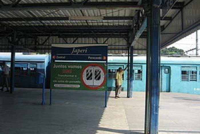 Homem é preso após assediar mulher no trem em Japeri