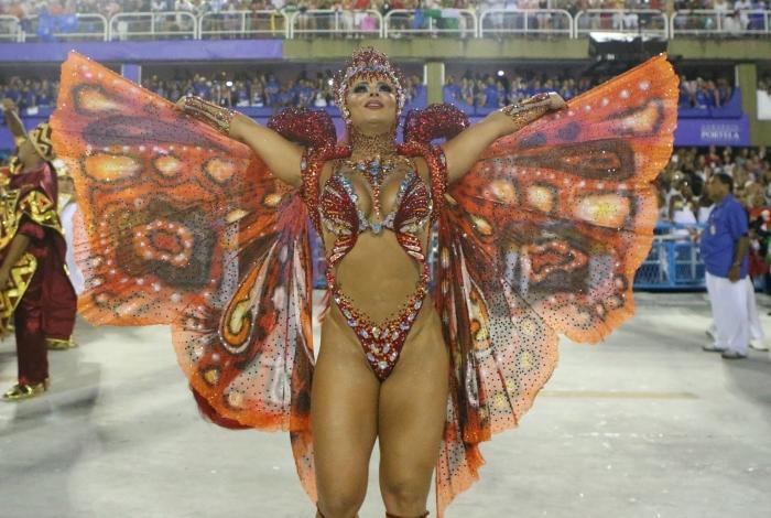 Salgueiro deu show de beleza e harmonia com o enredo sobre Xangô