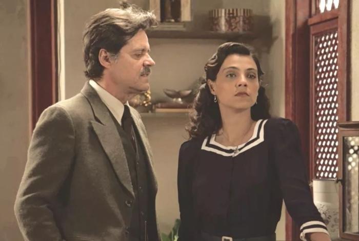 Eugênio (Felipe Camargo) e Maristela (Letícia Persiles), em