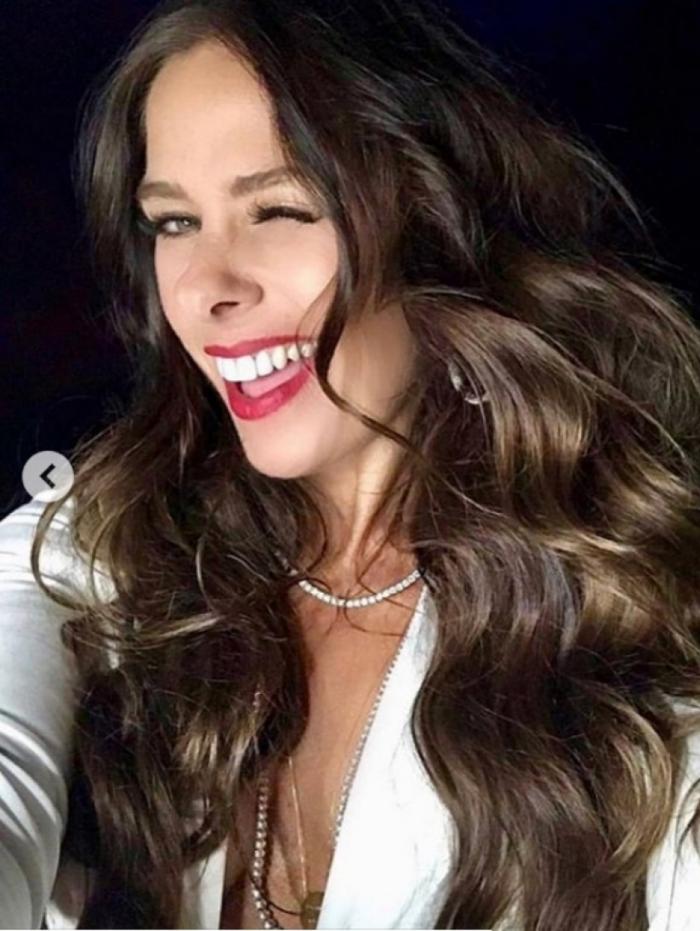O cabelo de Adriane Galisteu está em alta neste outono