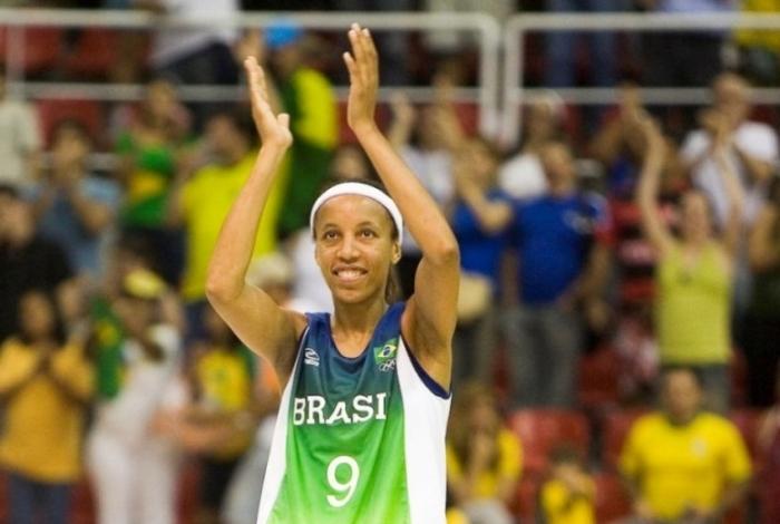 Janeth na sua despedida das quadras no Pan de 2007 no Rio de Janeiro
