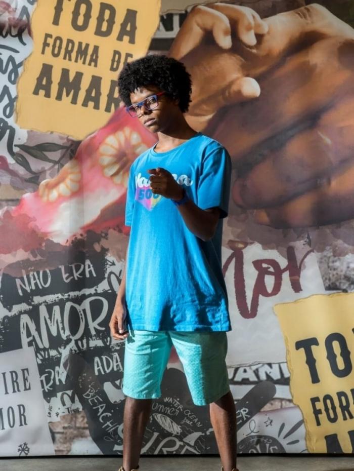 Thiago Genini será o nerd Bill Clinton na nova 'Malhação - Toda Forma de Amar'
