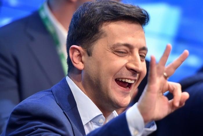 Volodimir Zelenski comemora sua vitória eleitoral na Ucrânia