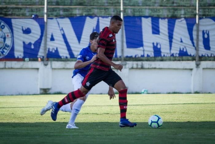 Flamengo e Cruzeiro disputaram em Minas Gerais a semifinal da Copa do Brasil sub-20
