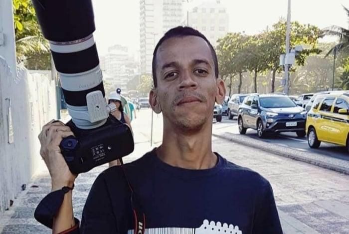 Betinho faz parte da equipe do Voz das Comunidades