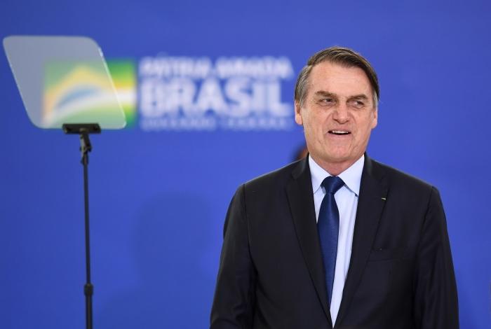 'Todo mundo aqui já teve um parente ou amigo que se perdeu', afirmou Bolsonaro ao comentar as mortes pela Covid-19