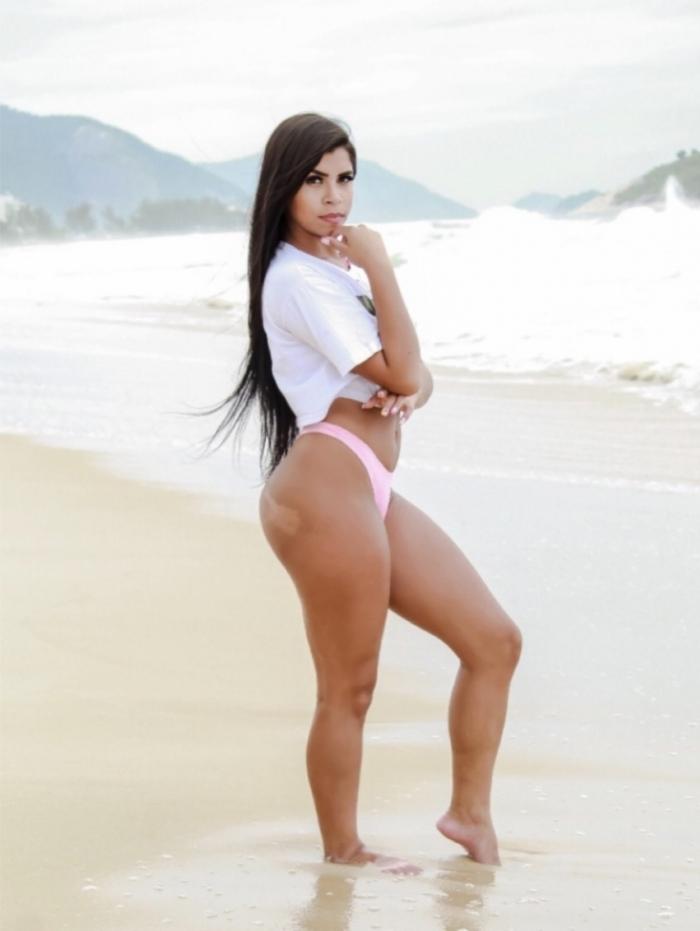 Larissa Oliveira, Gata da Hora, Flamengo