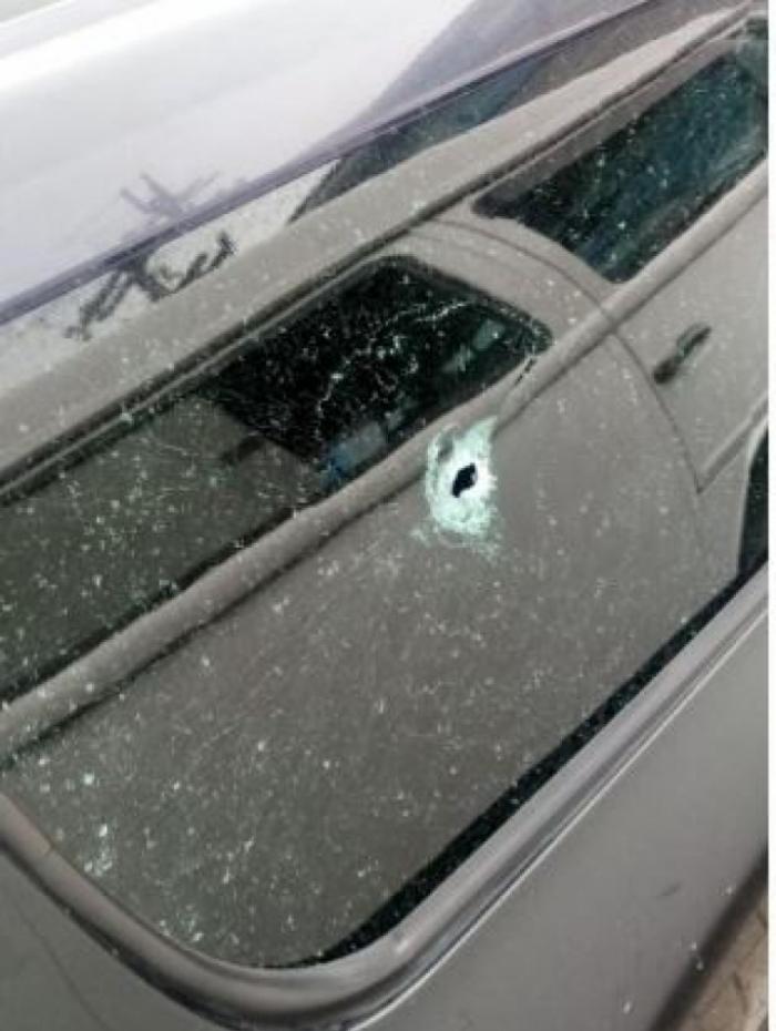 O PM Fábio da Silva teve o carro atingido por tiro em São Gonçalo, na manhã desta segunda