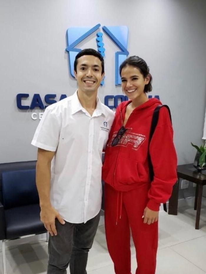 Bruna Marquezine também faz quiropraxia com o Dr Lucas Rech