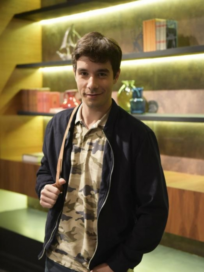 Vitor (Vitor Novelo), em 'Topíssima'