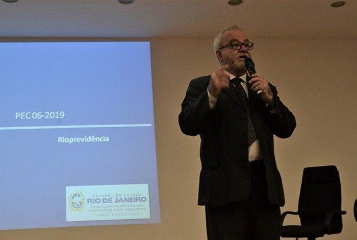 Sérgio Aureliano admite que faltará dinheiro; números serão destacados em reunião da Alerj