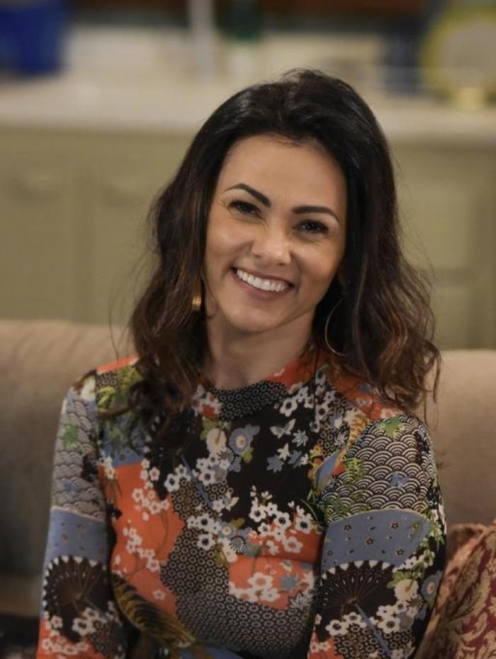 Inês (Suzana Alves), em 'Topíssima'