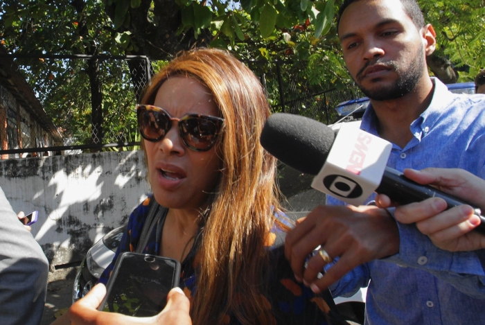Flordelis prestou depoimento por mais de nove horas na Delegacia de Homicídios de Niterói, São Gonçalo e Itaboraí (DHNSGI) no caso que investiga assassinato do marido, o pastor Anderson do Carmo