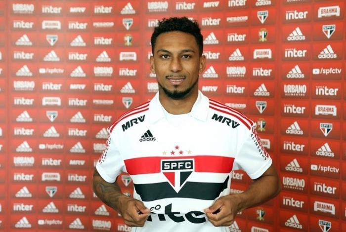 Biro Biro só jogou 49 minutos pelo São Paulo, desde que foi repatriado