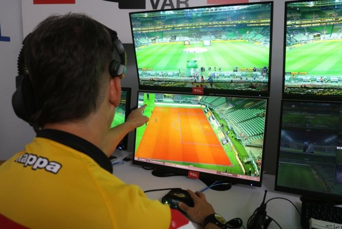 Sala do VAR: Palmeiras x Cruzeiro - Semifinal da Copa do Brasil 2018