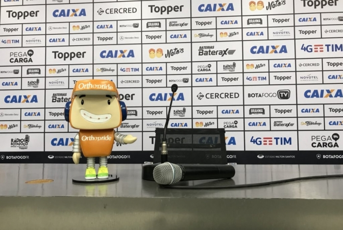 A sala de imprensa do Nilton Santos ficará vazia em protesto