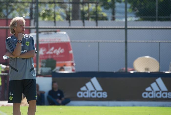 Jesus está há 3 meses no Flamengo, onde vive a rotina casa-trabalho