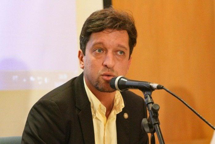 Gustavo Schmidt: festa em meio à pandemia e confusão com policiais