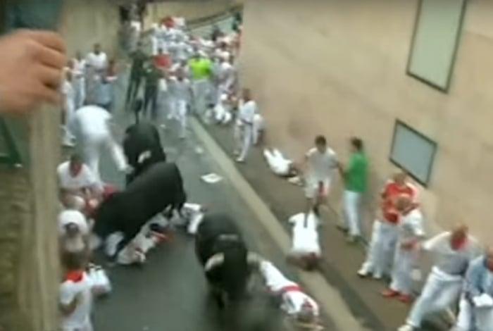Corrida de touros terminou com 8 chifrados