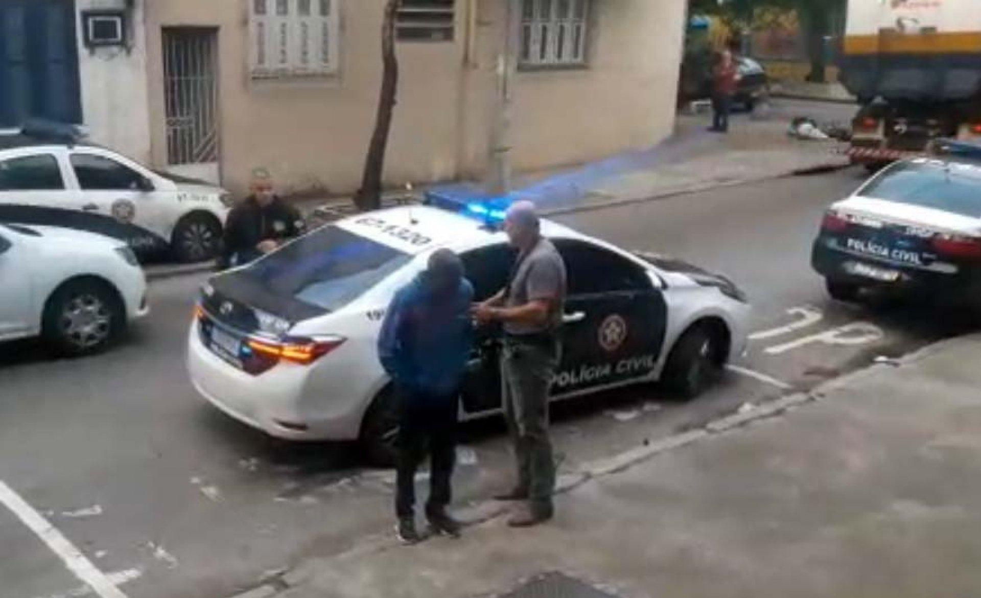 tijuca2 12143665 12144497 - Professor de escolinha de futebol é preso por abusar sexualmente de alunos