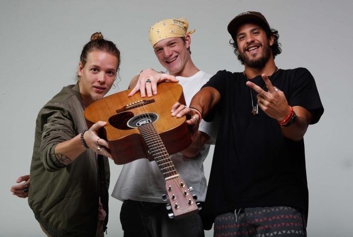 'Tão Bom' é lançado na 'Live do Meia' pela Banda Fuze