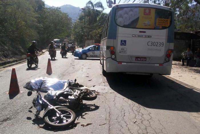 Acidente aconteceu na Estrada do Itanhangá