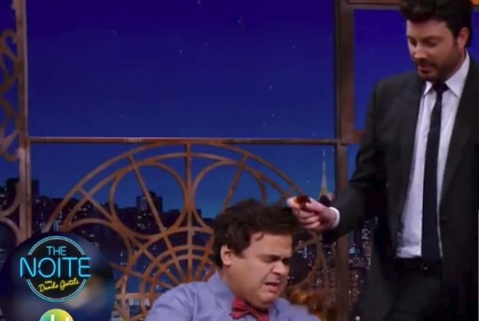 Evê Sobral vai ao programa 'The Noite
