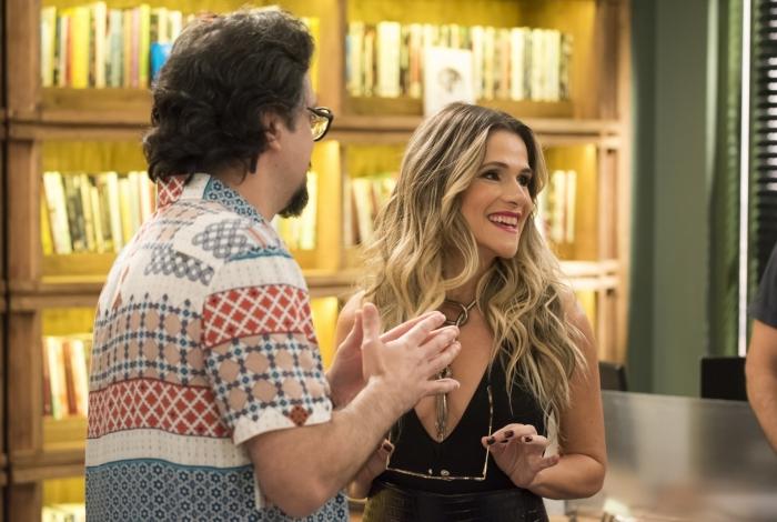 Mario (Lúcio Mauro Filho) e Silvana Nolasco (Ingrid Guimarães) na editora Prado Monteiro, em 'Bom Sucesso'