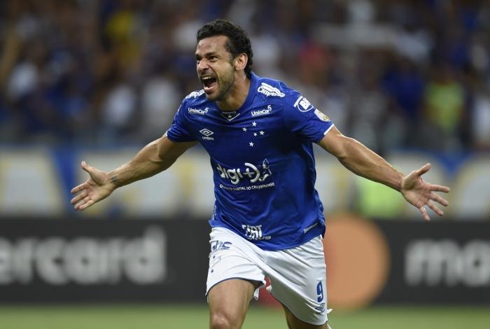 Fred fez três gols no Mineirão e foi o destaque na classificação do Cruzeiro