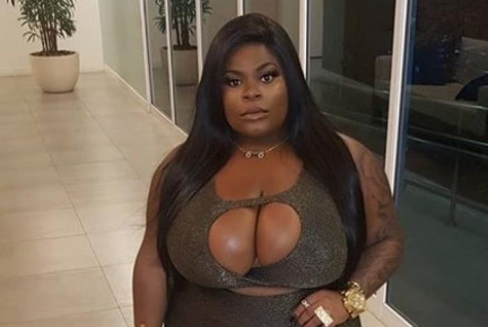 Jojo Todynho diz: 'Não gosto de peito pequeno'