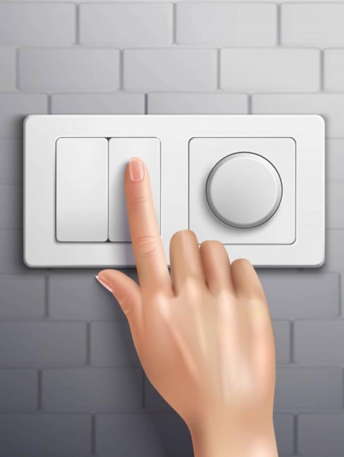 Uma das principais dicas é sempre apagar a luz ao sair do cômodo em que estava. Além disso, sistemas de sensores podem ser uma opção